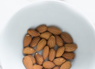 Almond milk ingredients